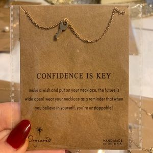 Inspirational Necklace - Confidence is Key